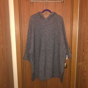 NWT Old Navy Plus Sz 4x Gray Hooded Sweater Poncho